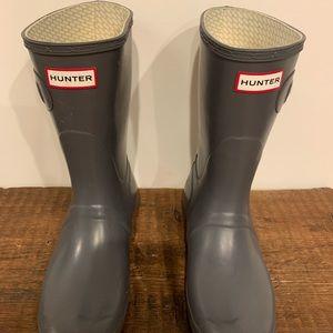 Hunter Boots Size 8. Original short rain boot
